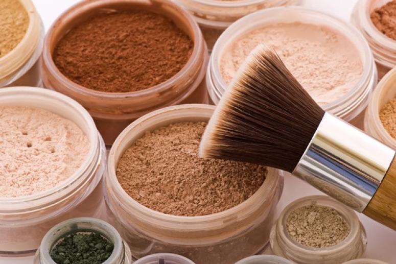 Минеральная косметика: действие компонентов на кожу, эффект