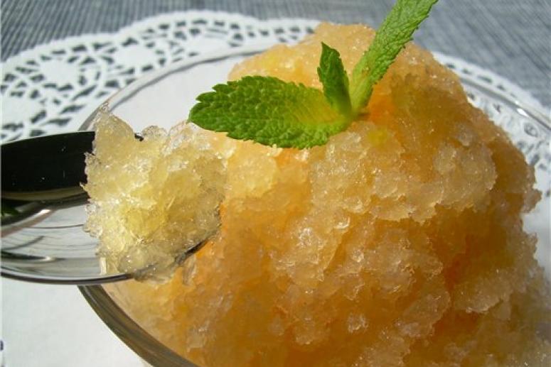 Как сделать фруктовый замороженный лед для малыша