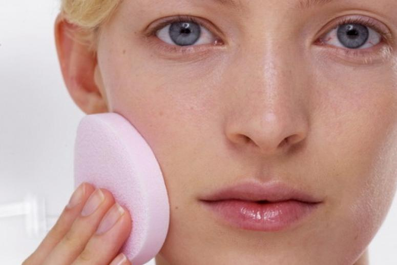 Расширенные сосуды глаз – как бороться?