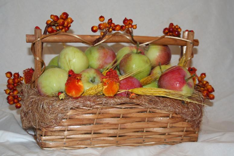 Второй (Яблочный) Спас