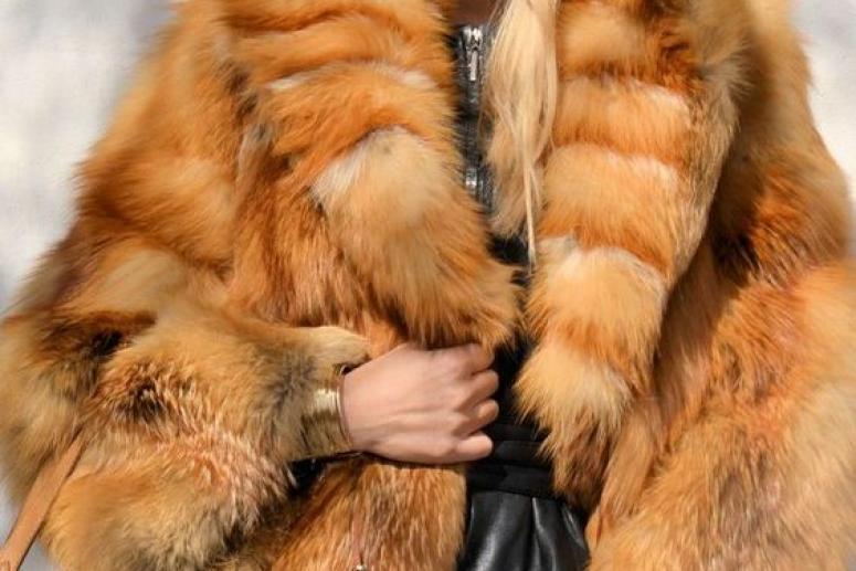 Шубка из лисы - модный тренд осенне-зимнего сезона 2017-2018