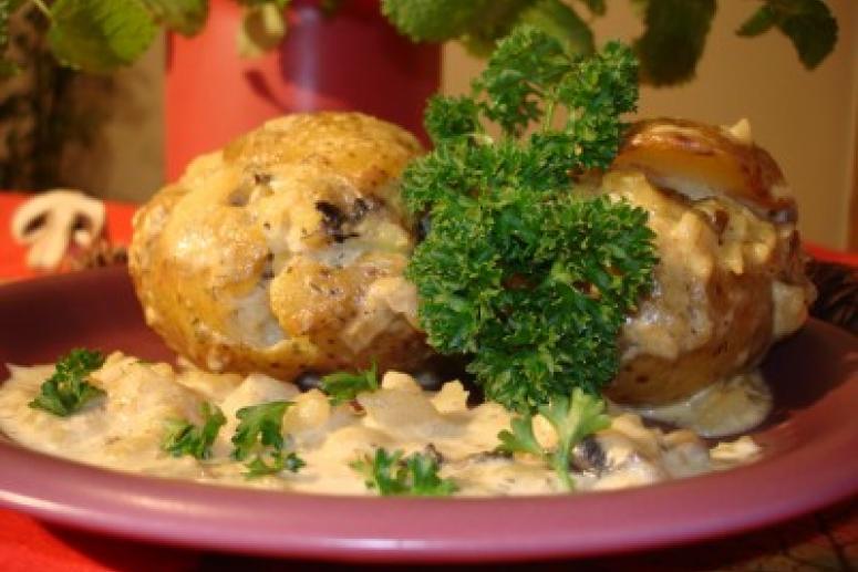 Картофель фаршированный - четыре лучших рецепта!