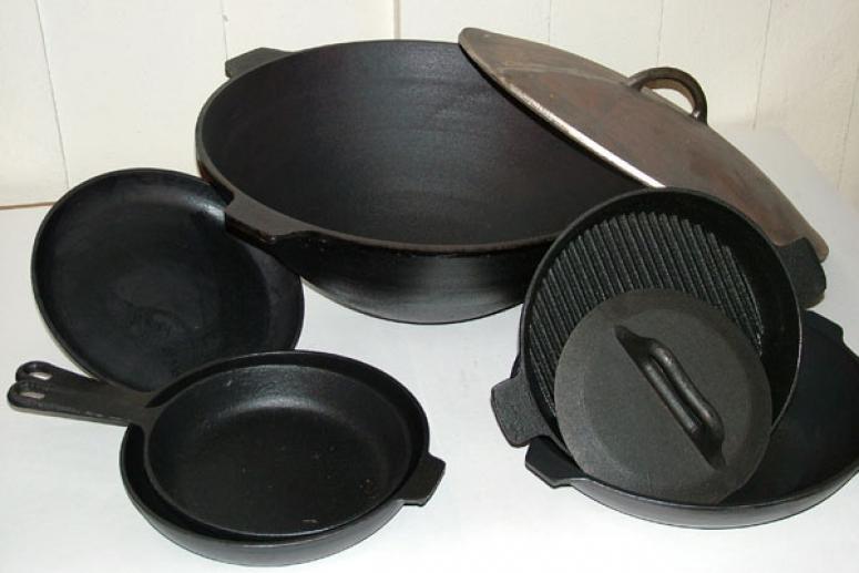 Как правильно чистить чугунную посуду