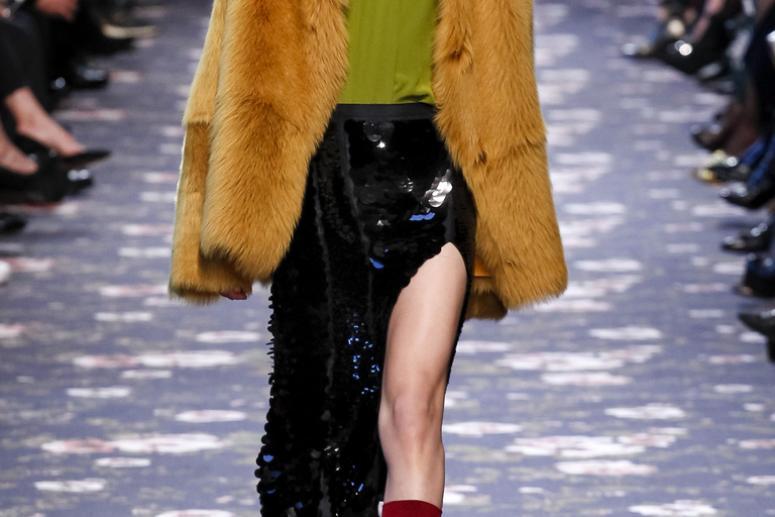Объемные шубы - модная тенденция зимы 2017