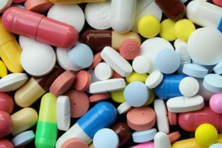 Списки и «чёрный день»: врач рассказал, как сэкономить при покупке лекарств