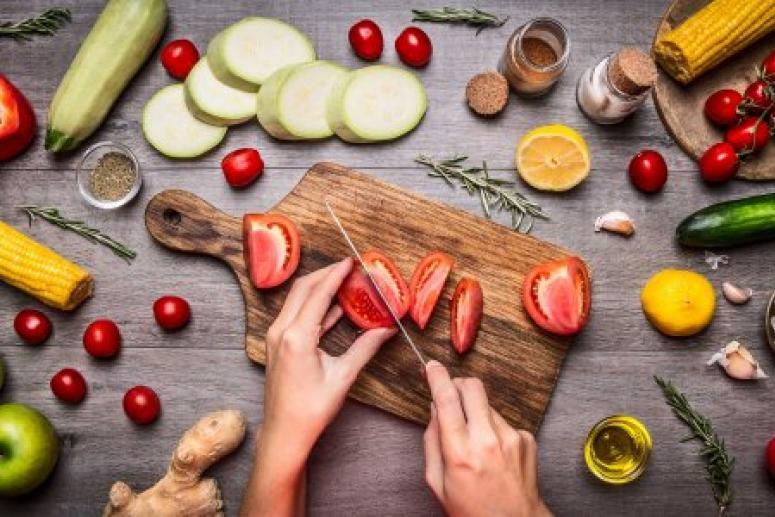 Ярая вегетарианка рассказала, почему снова ест мясо