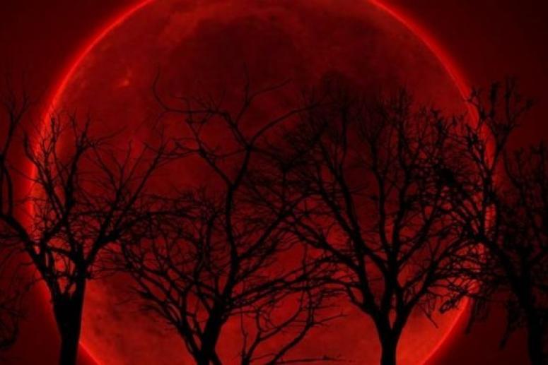 «Кровавая Луна». Как повлияет на здоровье самое длинное лунное затмение