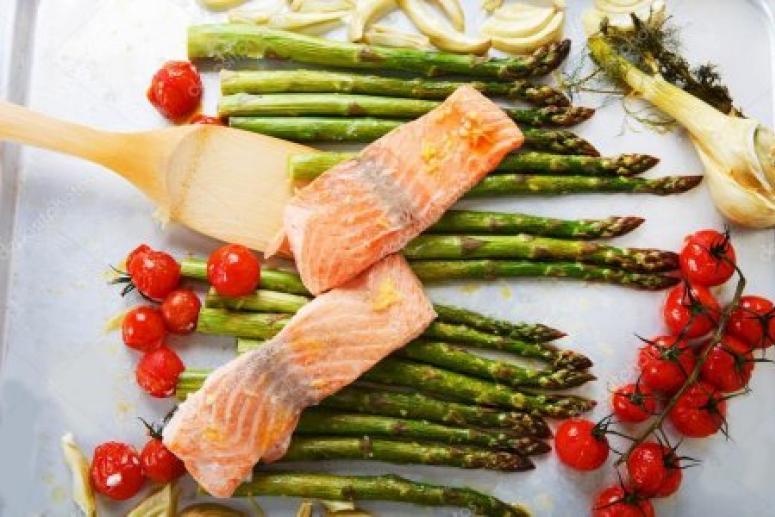 Эксперты в области питания назвали самые полезные продукты для женщин