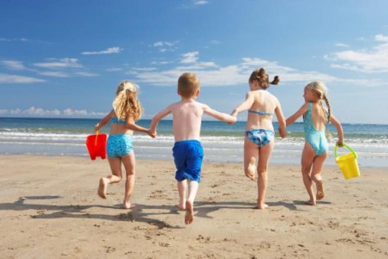 Не время болеть!  Как защитить здоровье ребенка летом?