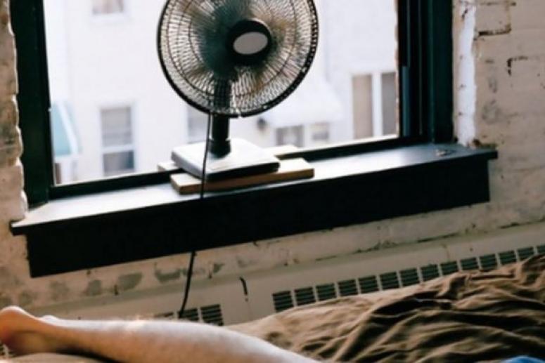 Британские врачи: спать с работающим вентилятором вредно