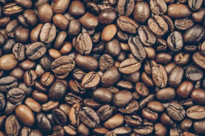 Чрезмерное употребление кофе при беременности вредит печени будущего ребёнка