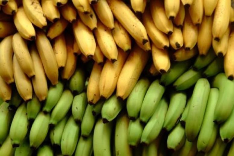 Зачем съедать два банана в день?
