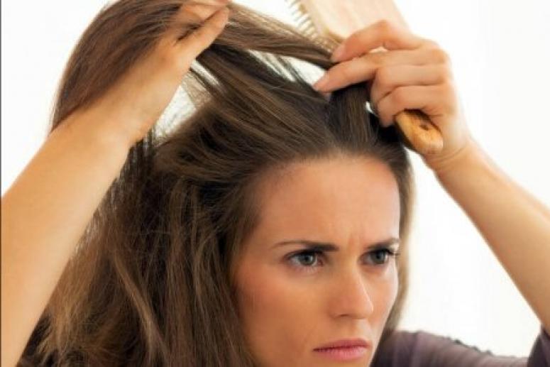 О каких проблемах со здоровьем расскажет седой волосок