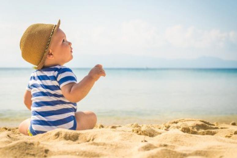 Испорченный отпуск: в каких странах чаще всего болеют дети из России