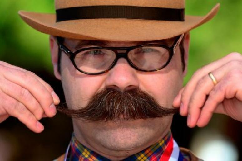 Не заболеть раком помогут усы и борода