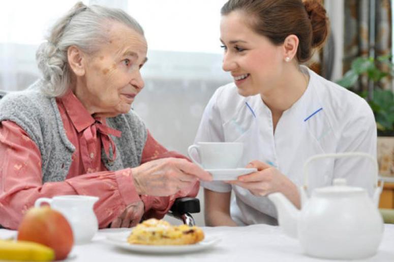 Плюсы проживания в пансионате для пожилых людей