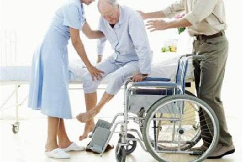 Правила транспортировки пожилых пациентов