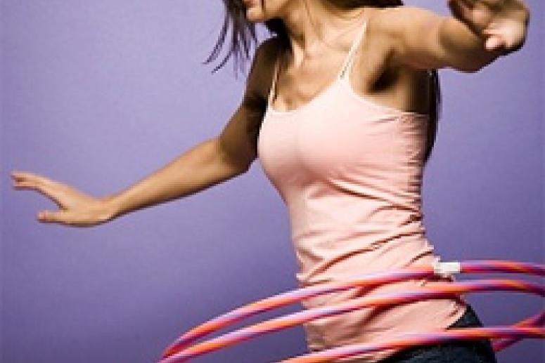 Самый простой способ убрать живот и бока обручем с новыми вращениями