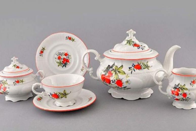 Какие предметы входят в чайный сервиз?
